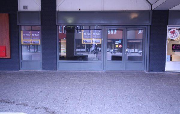 Garage Huren Almere : Bedrijfsruimte huren almere van westrhenen bedrijfshuisvesting